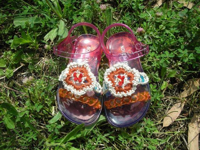 Evde Bebek Sandaleti Süsleme ve Büyütme