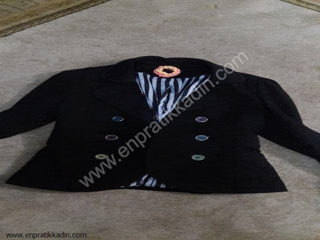 Evde Siyah Ceket Süsleme