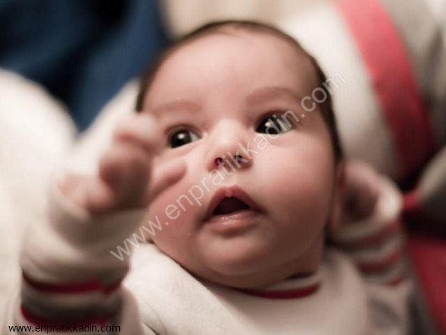 Bebeklerde Göbek ve Kasık Fıtığı, Hırschsprung Hastalığı