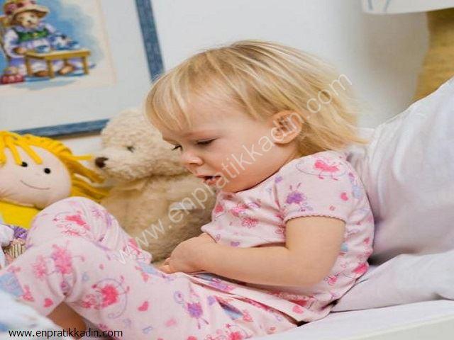 Bebeklerde ve Çocuklarda Karın Ağrısı Nedenleri