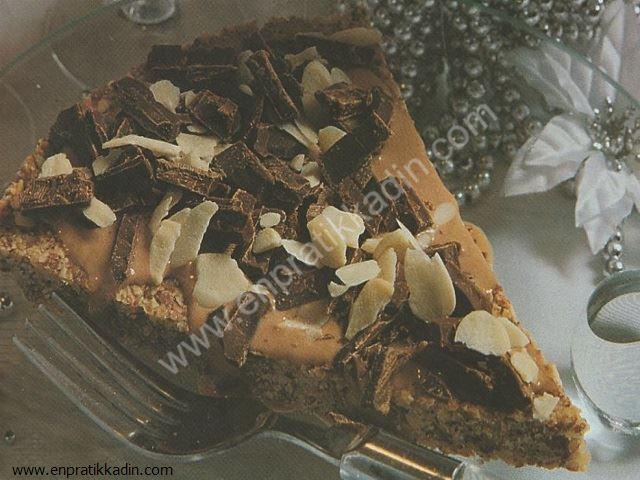 Bademi Çikolatalı Çıtır Kek