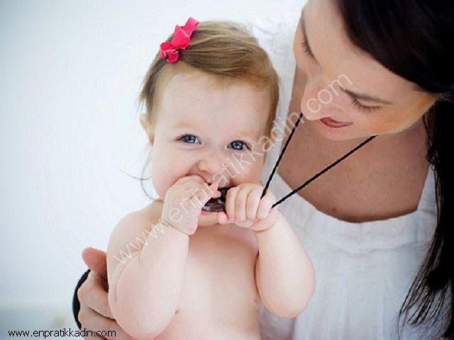 Bebeklerde Diş Çıkartırken Oluşan Sıkıntılar