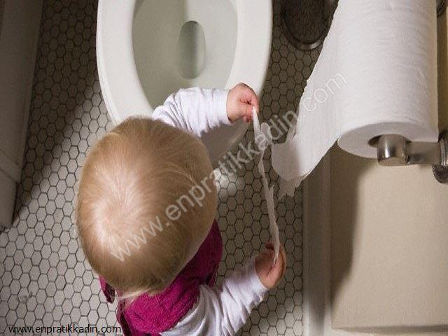 Çocuğun Dışkısını Ellemek İstemesi ve Verilecek Tepki