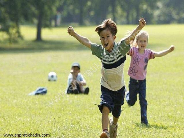 Çocuğun Güvenliği İçin Dışarıda Bilmesi Gereken Tehlikeler