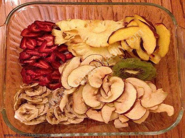 Elma ve Benzer Meyveler Kararmasın Diye Ne Yapmalı