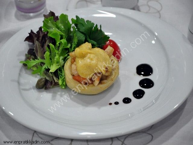 Enginarlı Karides Salatası