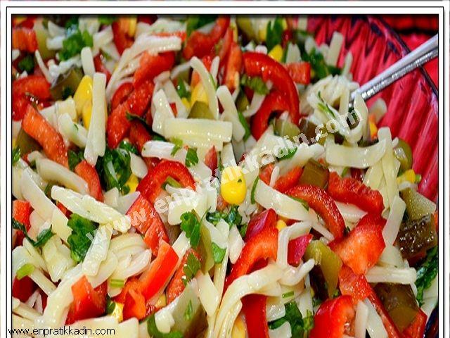 Erişte Salatası,