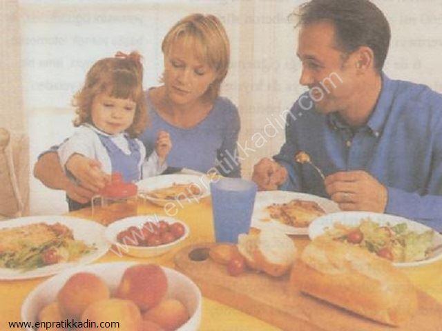 Küçük Çocuklarda Beslenme ve Yemek Alışkanlığı