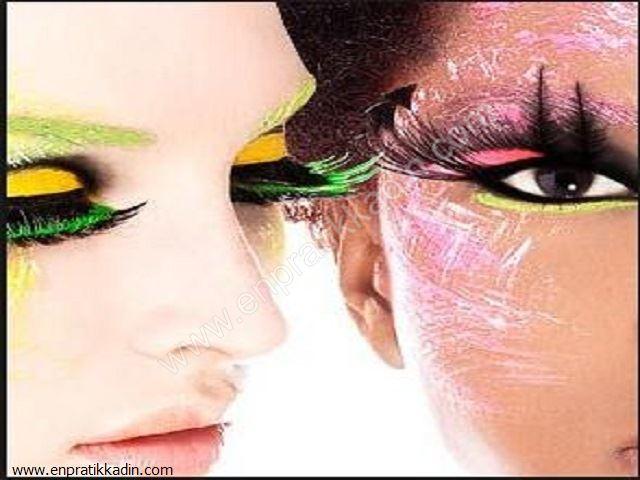 Makyaj Malzemelerinin Kullanım Şekilleri