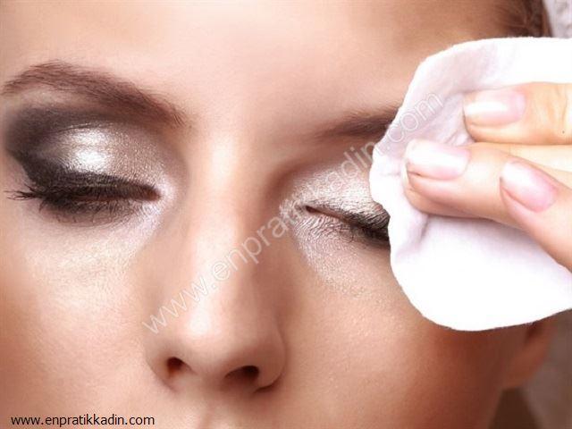 Sağlıklı Cilt ve Makyaj Temizliği