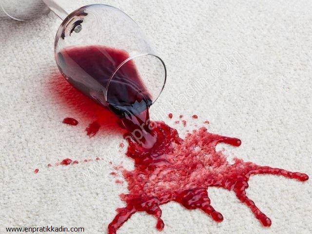 Şarap Lekesini Çıkartmanın Pratik Yolu