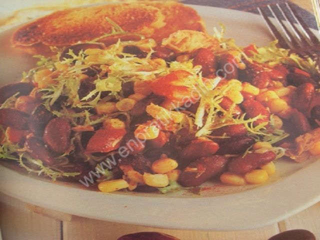 Ton Balıklı ve Mısırlı Salata