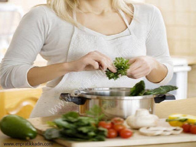 Yemek Pişirirken Nelere Dikkat Etmeliyiz