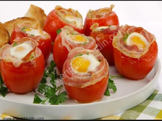 Yumurtalı Domates Dolması Tarifi