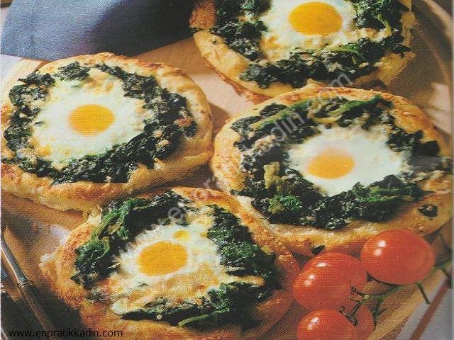 Yumurtalı Ispanaklı Pide
